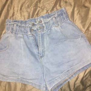 Pacsun Mom short Cherry paperbag waist